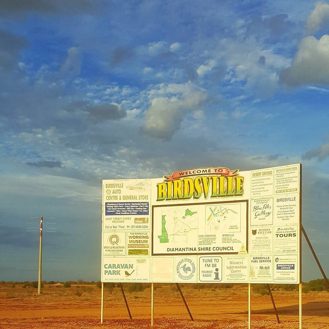 We may have taken the long way round. I'm pretty sure it's less than 10000kms from home to get here. But we made it... #longwayround #longserviceleave #birdsville by brenton.light