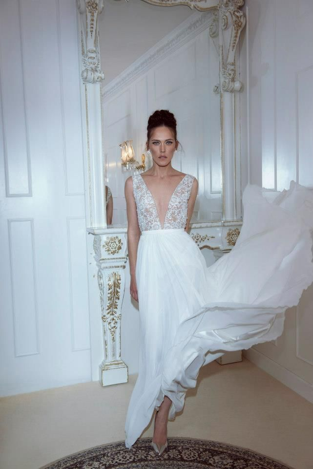 Fashionable wedding dresses and evening dresses. Suits, veils ...