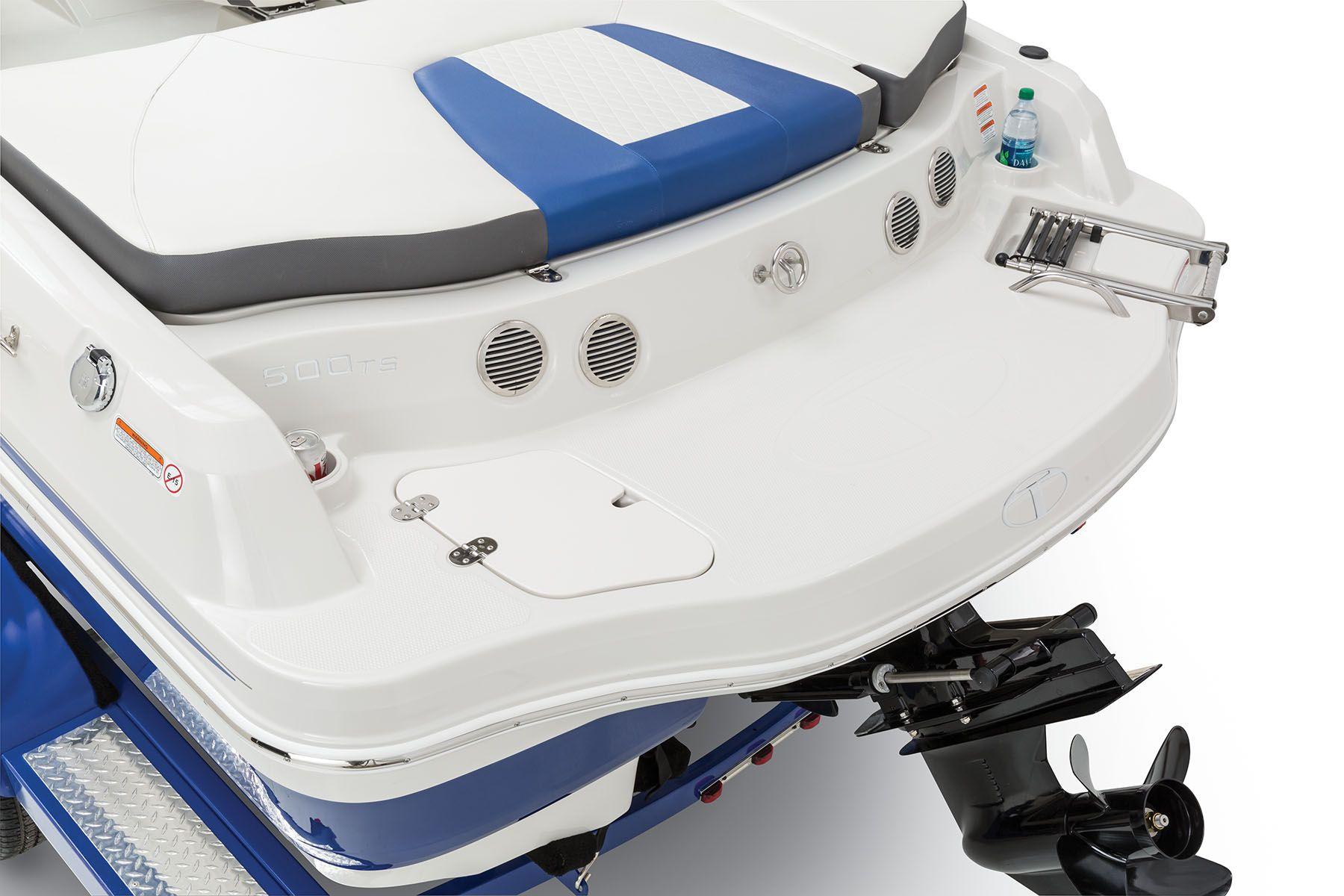 Full-width oversized aft swim platform w/top-loading, fold