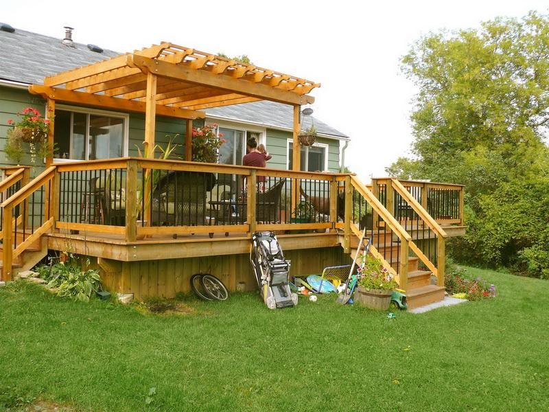 A Free Standing Deck and Pergolas Crystal