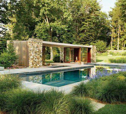 Überdachte-Terrasse-modern-holz-glas-pergola-markise-pool - terrasse hanglage modern