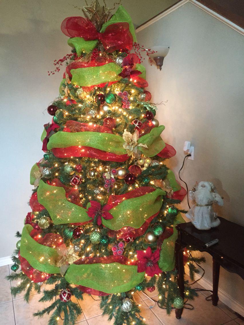 Rbol verde rojo y dorado rbol de navidad tradicional - Arbol de navidad dorado ...