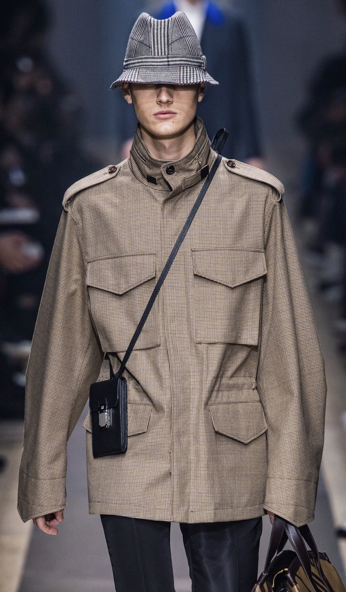 1a7e78056 DUNHILL Fall 2019 Menswear Look #26 Up Close Detail featuring Ted Le ...