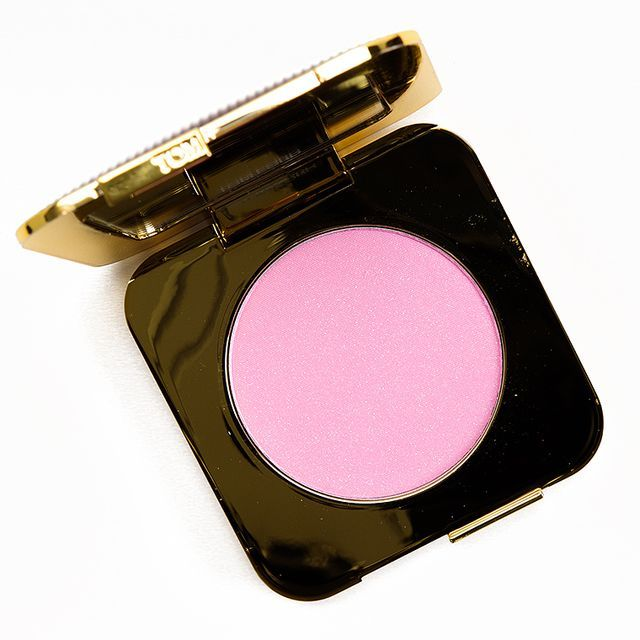 Tom Ford Velvet Bloom Nightbloom Powder Tom Ford Velvet Bloom Nightbloom Powder ($80.00 for TBA oz.) is a light-medium pink with cool, blue undertones and satin finish paired with a dusting of pale pi