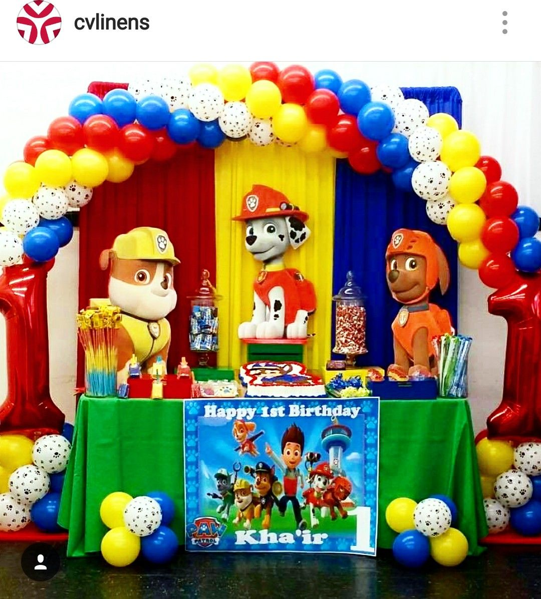 Paw patrol birthday party dessert table and decor - Mesa cumpleanos patrulla canina ...