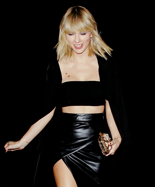 Pin on QUEEN TAYLOR SWIFT