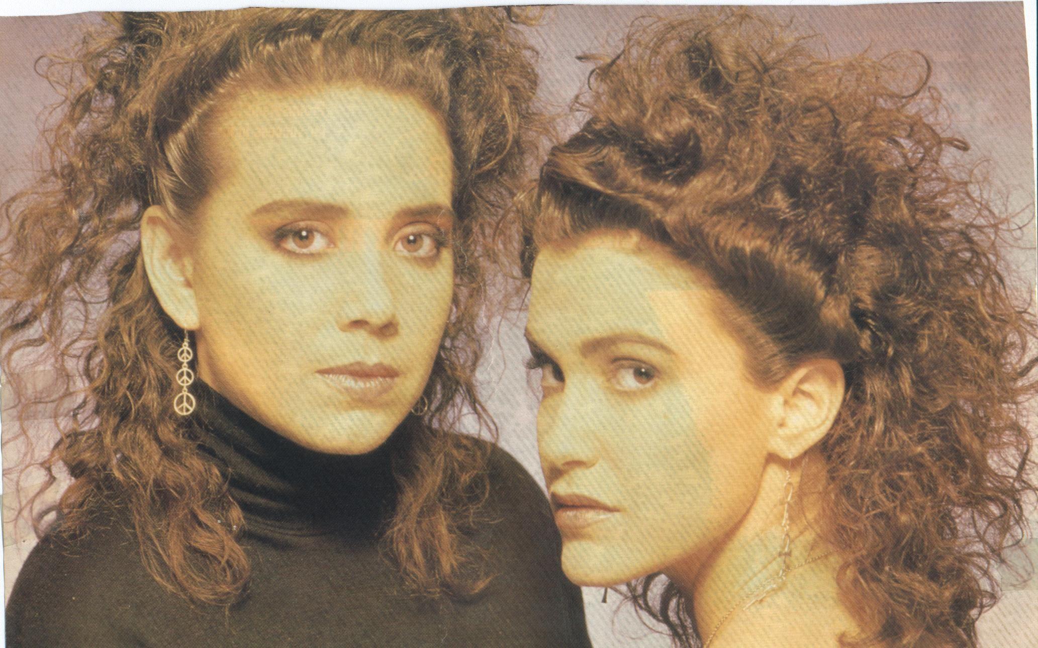 wendy and lisa prince - HD2065×1289