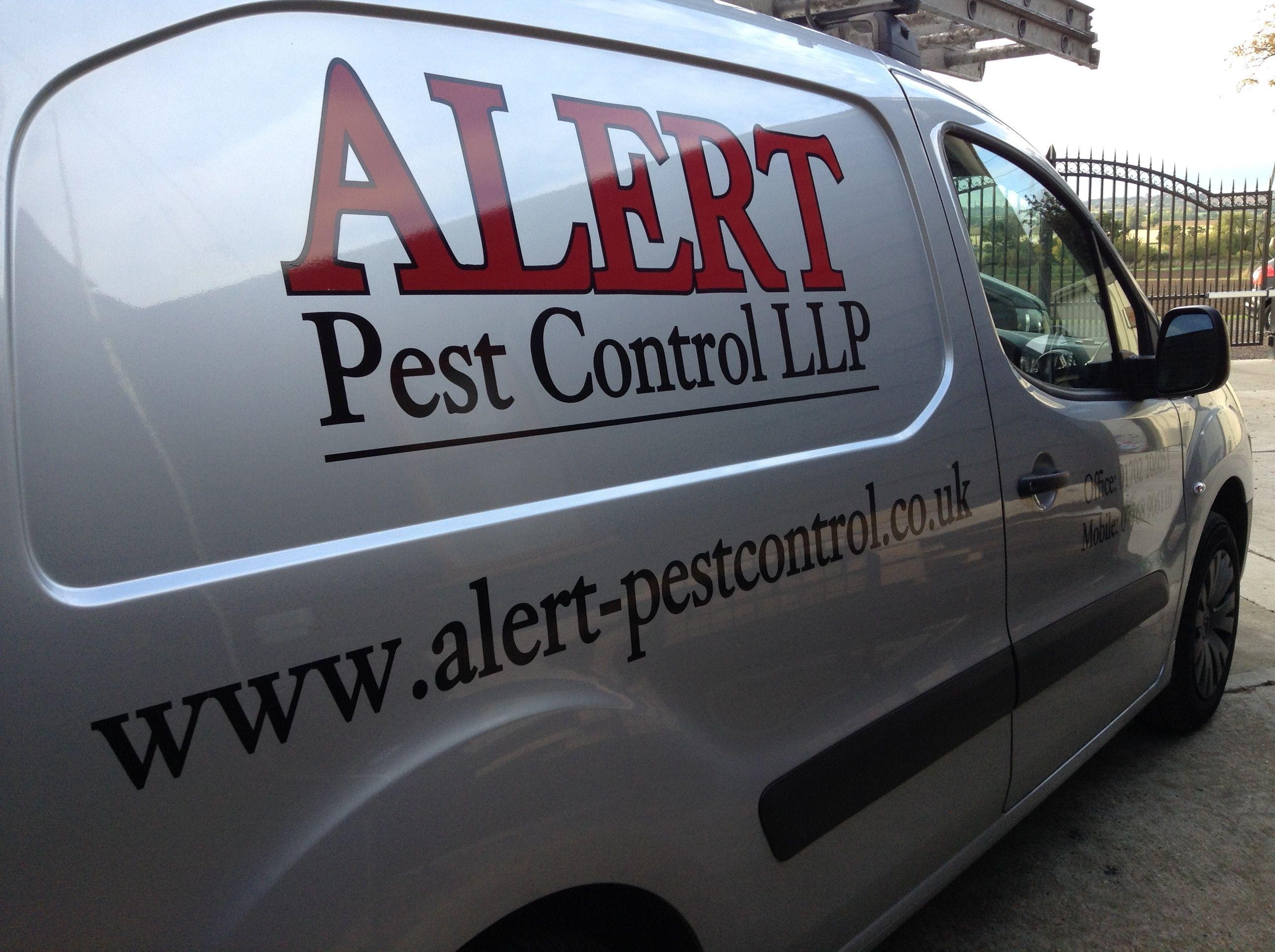 Pest Control Van Signage. Pest Control Van Signage   BizImage Vehicle Signage   Pinterest