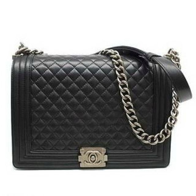 e77332087137 I need this bag. Chanel Boy Bag next on my list | Style dreams ...