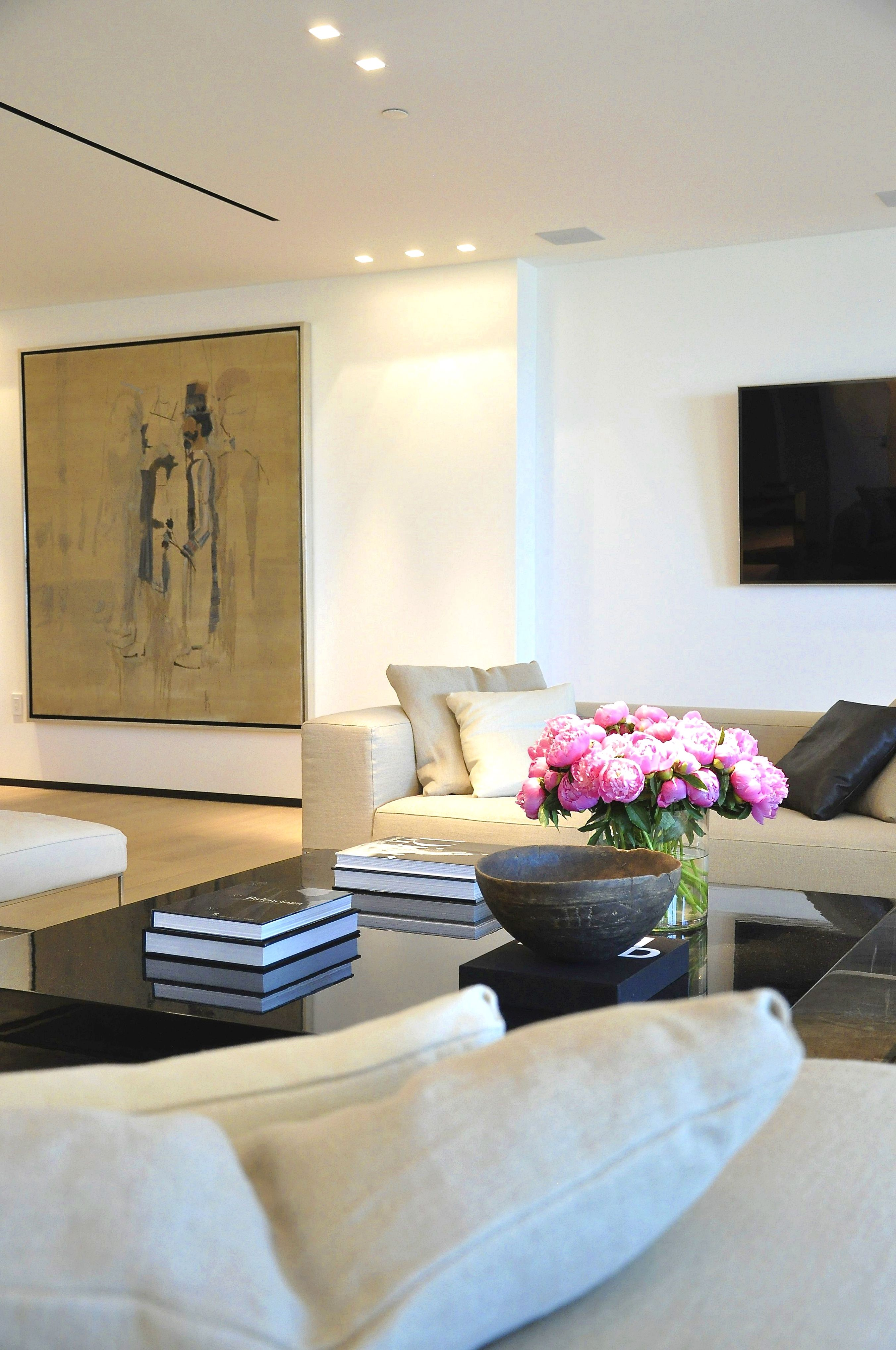 How To Organize Your Living Room And Keep It Clutter Free Living