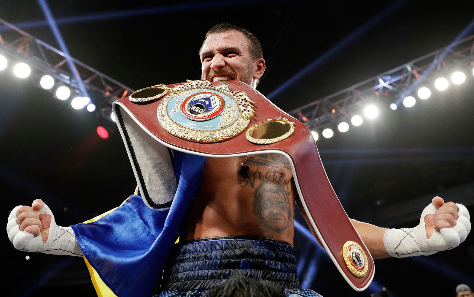 Tonight At 8 00 Pm Et On Espn Vasyl Lomachenko Moves Up In Weight To Challenge For Another World Title Takin Sports Wallpapers Olympic Champion Sports Photos