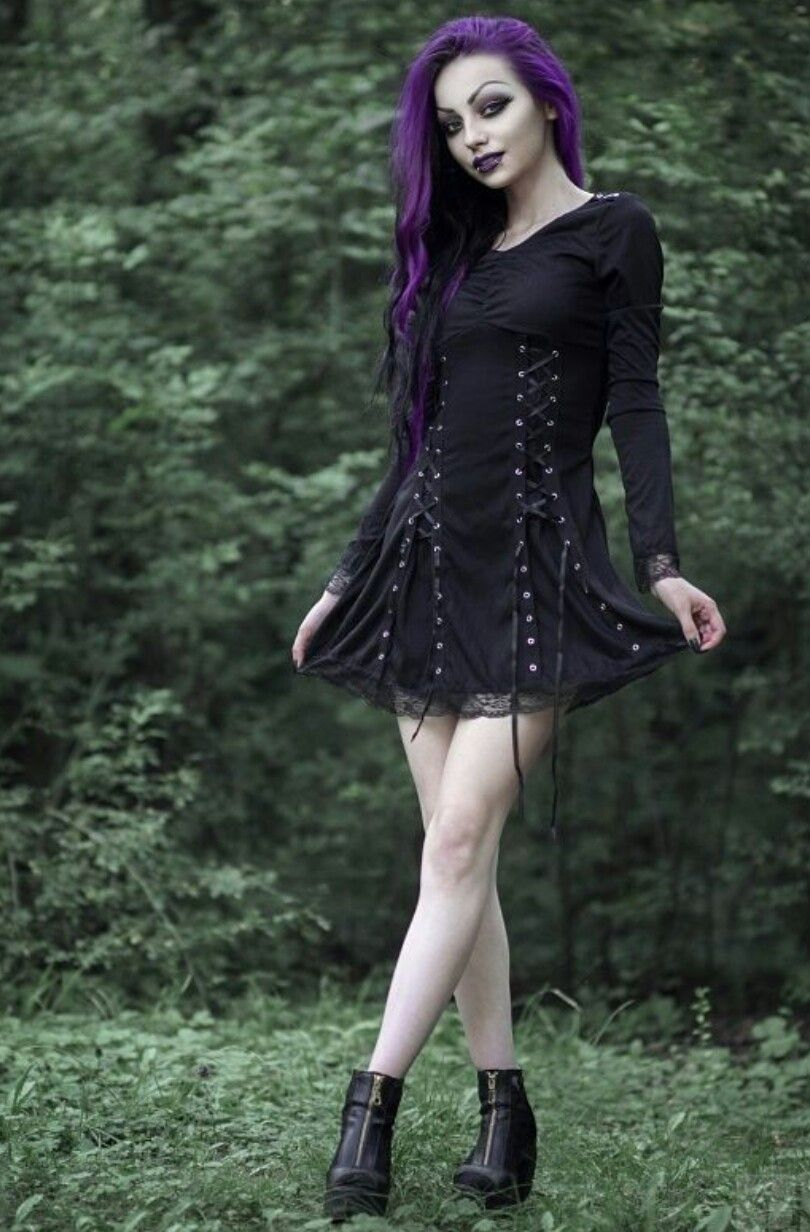 7bdbae4e63d Shop Gothic Clothing on   www.blue-raven.com Votre boutique de vêtements