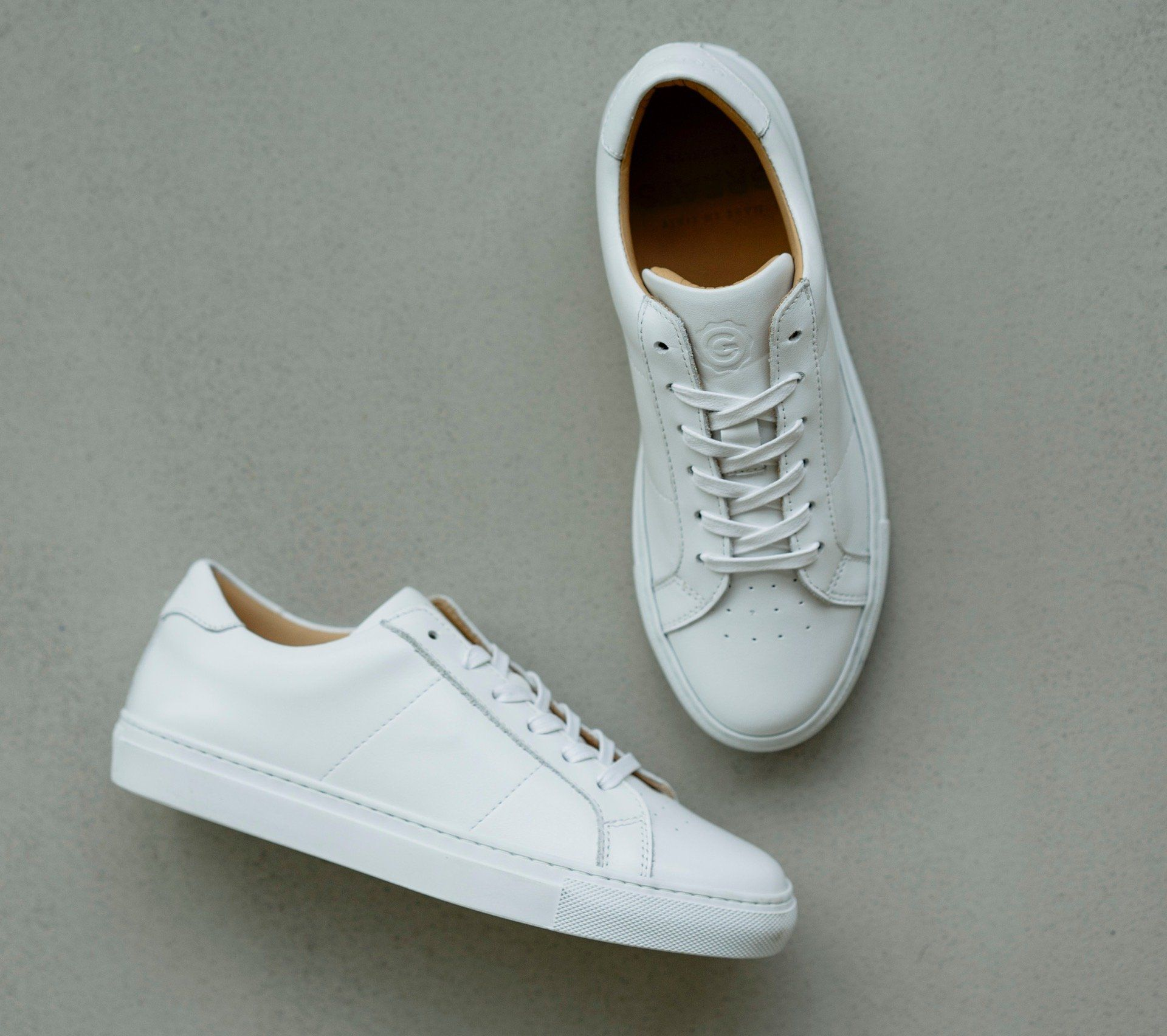 White leather tennis shoes
