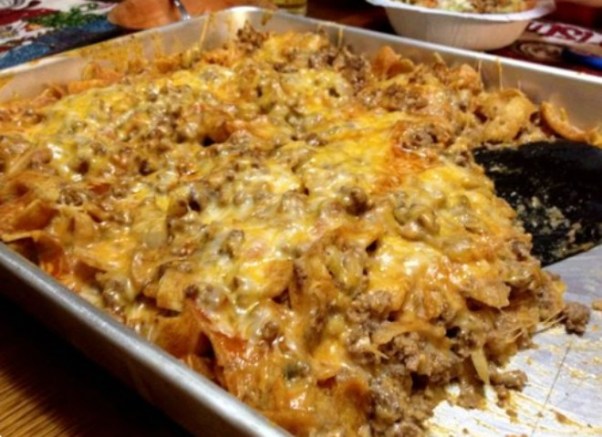 Ingredients 1 Lb Ground Chicken Beef Or Turkey 1 Small Onion Sliced 1 2 Can Of Rotel Diced Tomatoes With Green Chi Recipes Yummy Casseroles Casserole Dishes