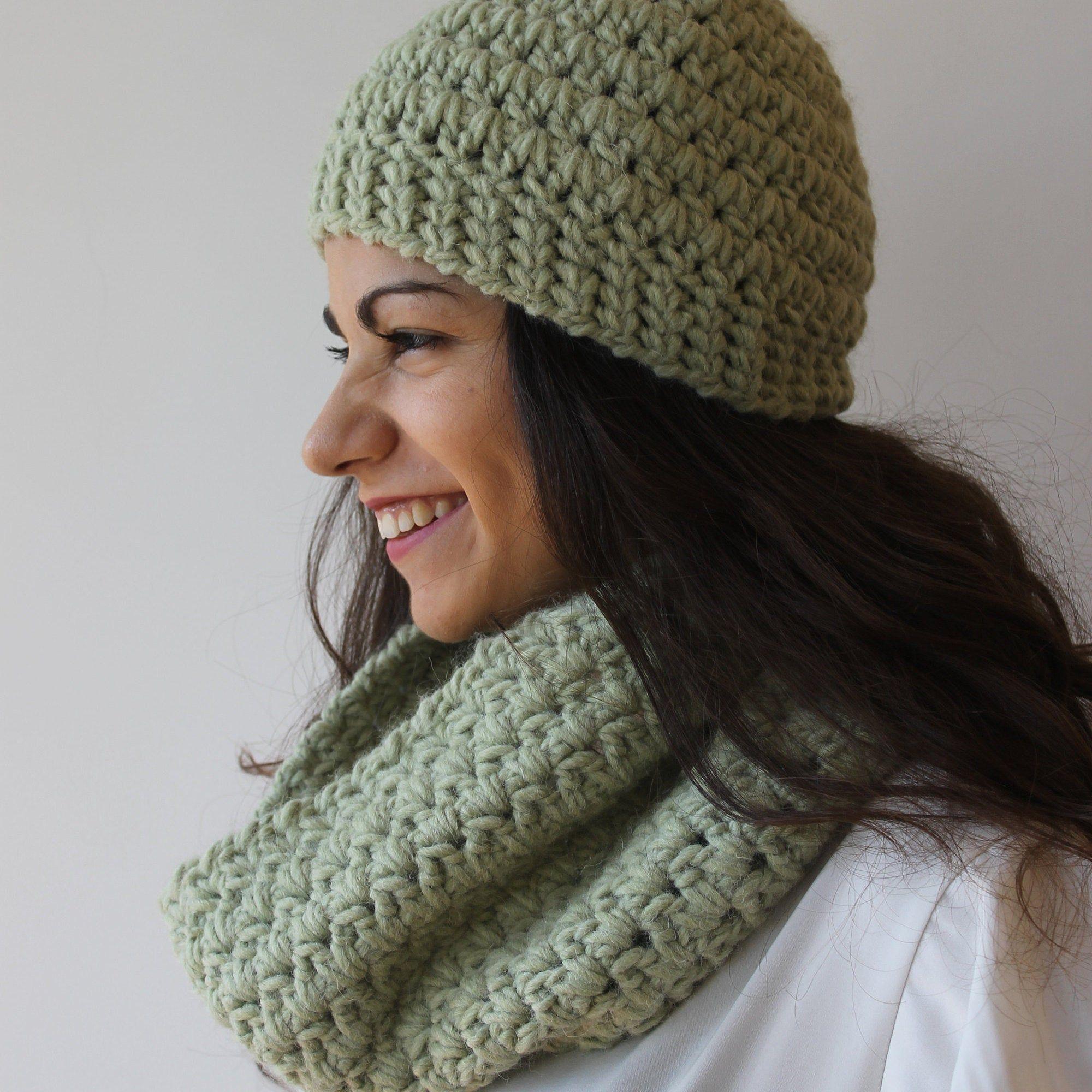 Sciarpa E Cappello Uncinetto Sciarpa Ad Anello Verde Lana Etsy Hat And Scarf Sets Scarf Set Neck Warmer