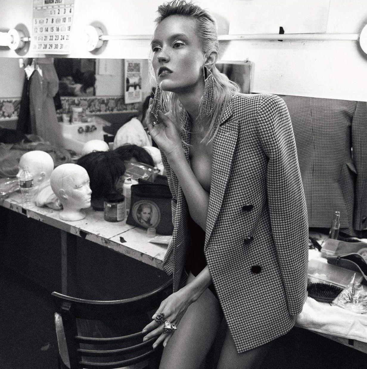 Lina Cole Nude Photos 17
