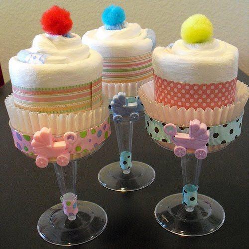 Diaper cupcakes!! So cute!