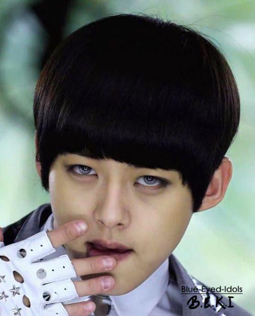 Blue Eyed K Pop Idols 61 Shin Dongho U Kiss U Kiss Blue Eyes Kpop Funny