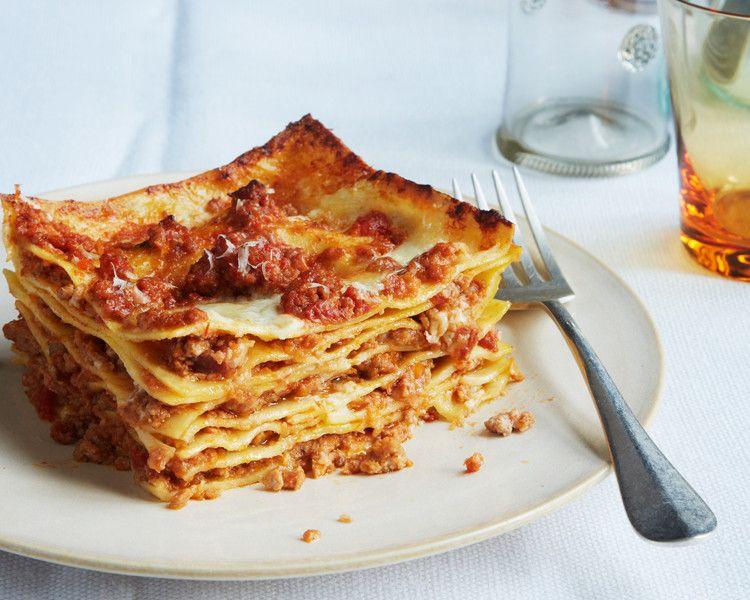 die besten 25 lasagne bolognese ideen auf pinterest bolognese auflauf lasagne bolognese. Black Bedroom Furniture Sets. Home Design Ideas