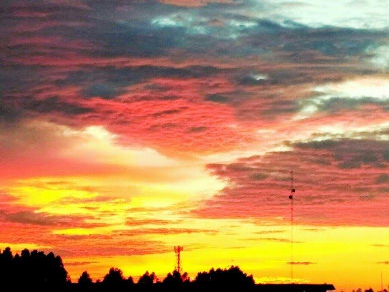 25 Gambar Langit Pada Sore Hari Karena Allah Menyediakan Masa Dengan Yang Mungkin Tidak Selalu Indah Tapi Aku Yakin Dia Akan Sepert Langit Gambar Pemandangan