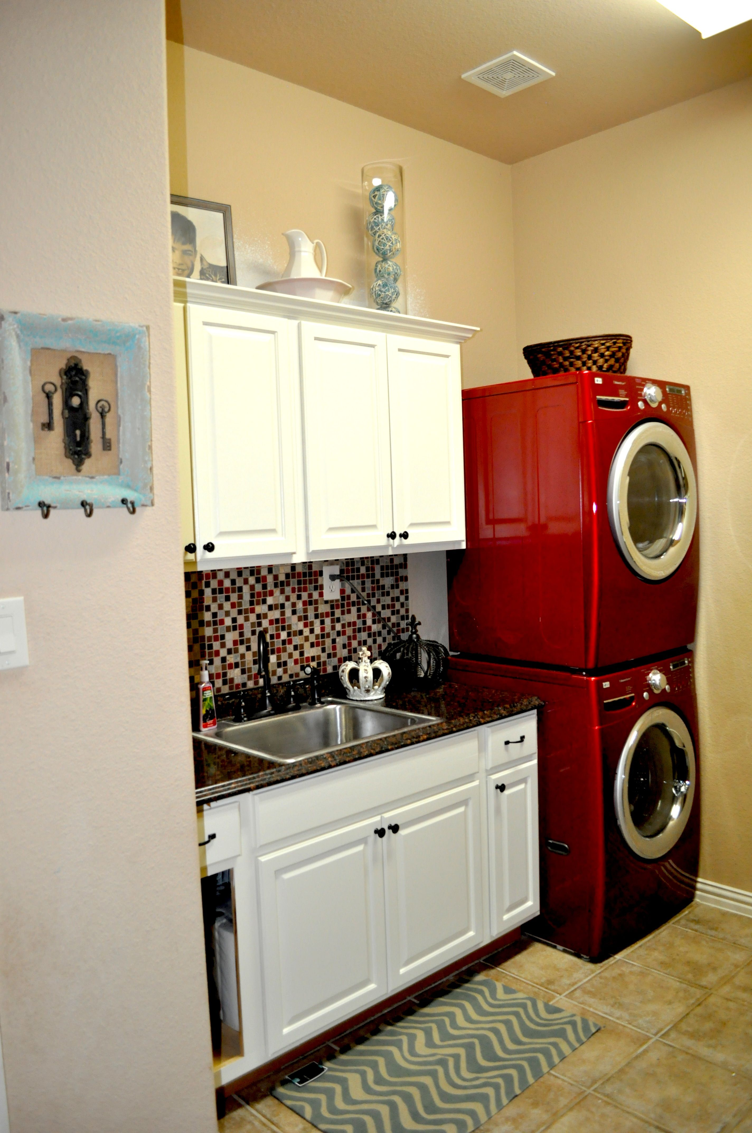 I Love The Back Splash And Red Washer Dryers Dream