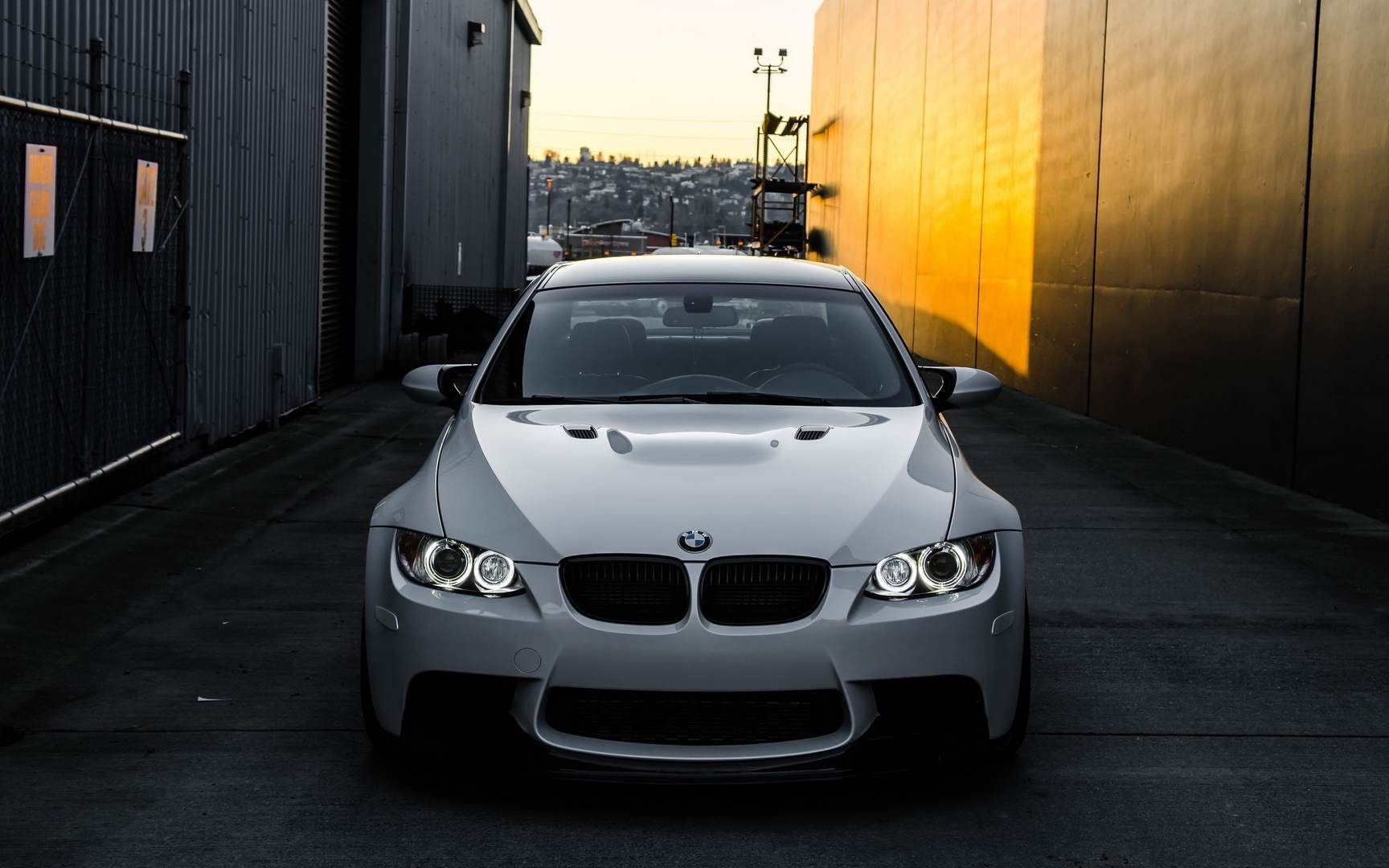 Bmw E92 M3 Bmw Wallpapers Bmw M3 Wallpaper Bmw M3