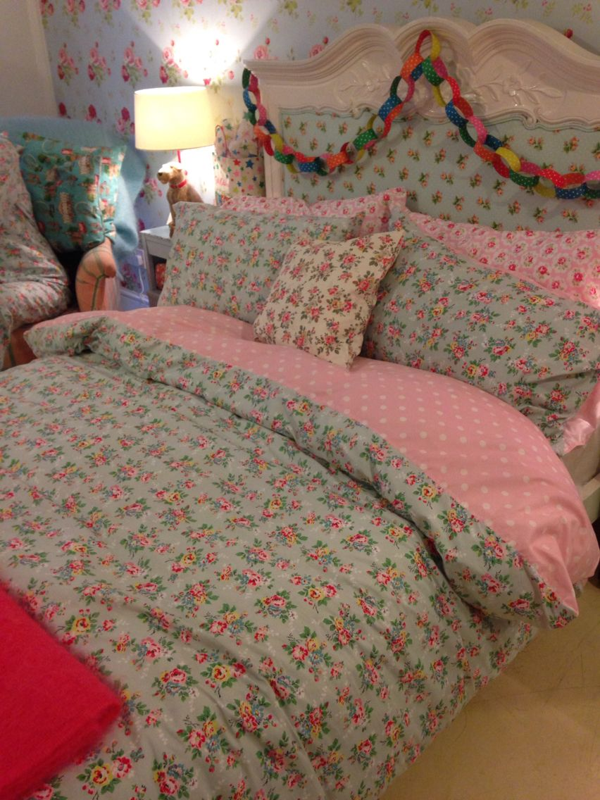 Love This Cath Kidston Bedding And Floral Wallpapers