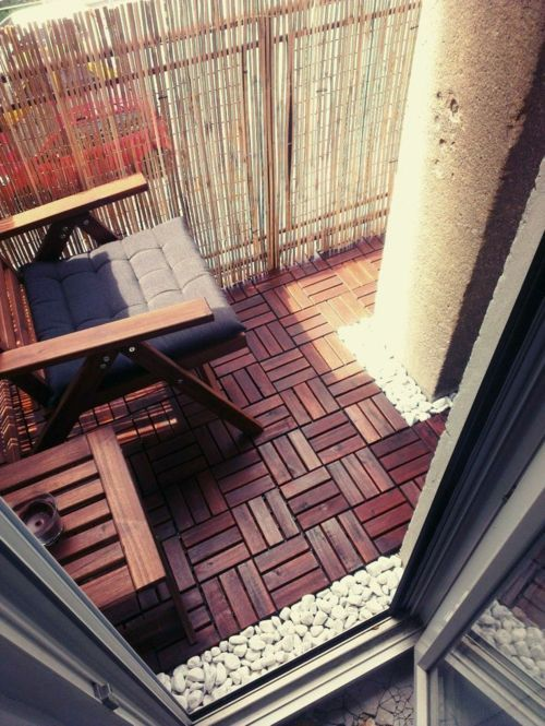 holzfliesen mit klicksystem holzfliesen verlegen balkon holzboden balkon pinterest. Black Bedroom Furniture Sets. Home Design Ideas