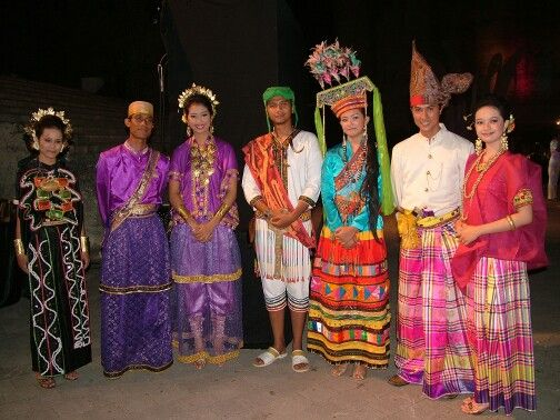 Indonesia National Dress  Indonecia  Pinterest  Indonesia, Traditional dresses and Traditional