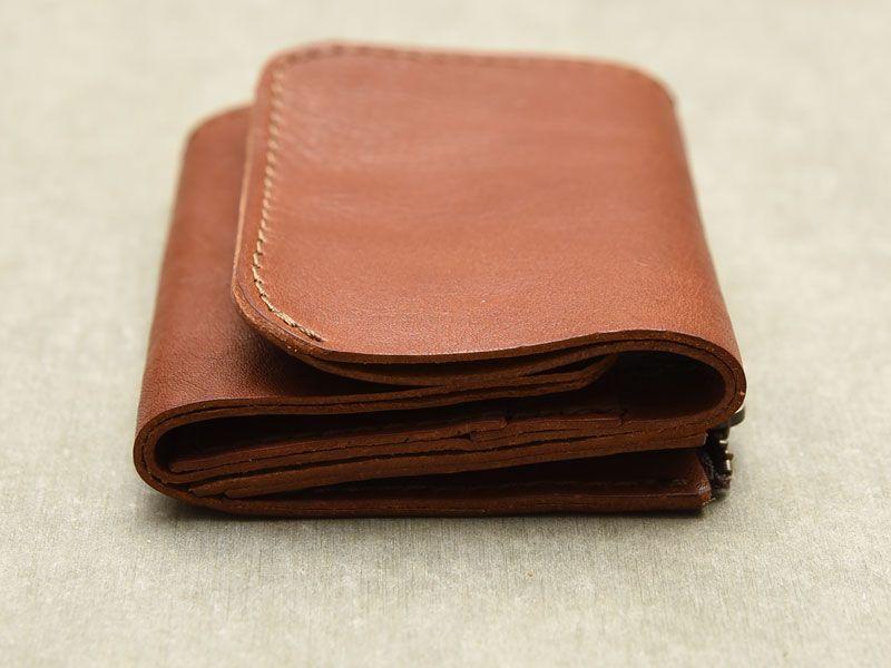 half off b4a4f f86d0 小銭・お札・カードがコンパクトに収納できる小型のレザーミニ ...