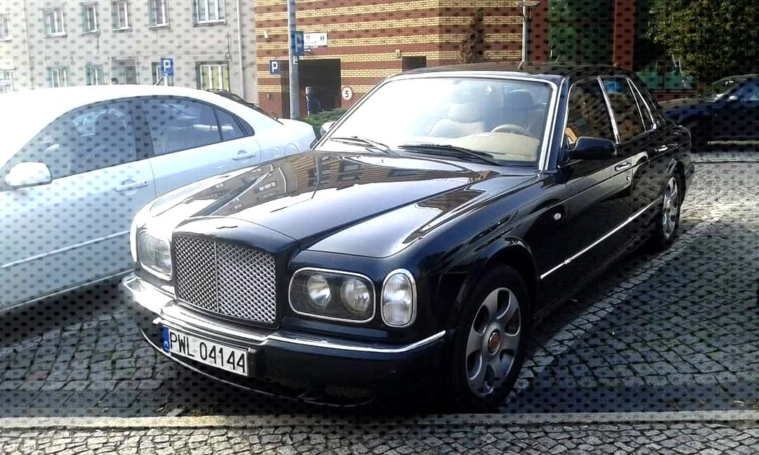 Bentley Arnage T . . .