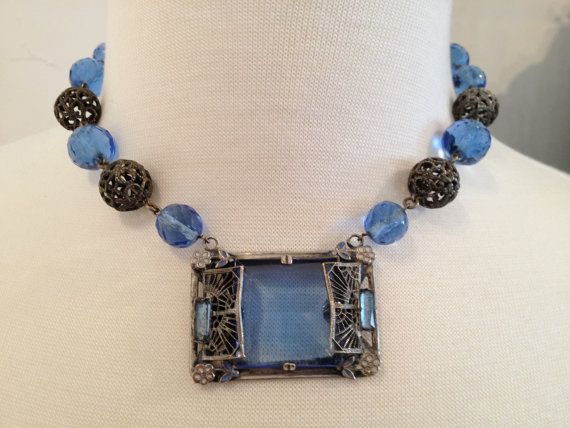 Stunning Gatsby Czech neclace with Blue lucite in Silvertone filigree pendant