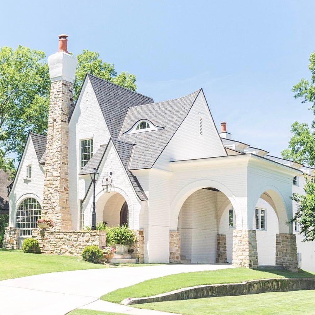 White And Light Brick Arquitectura Arquitectura Minimalista Casas Bonitas