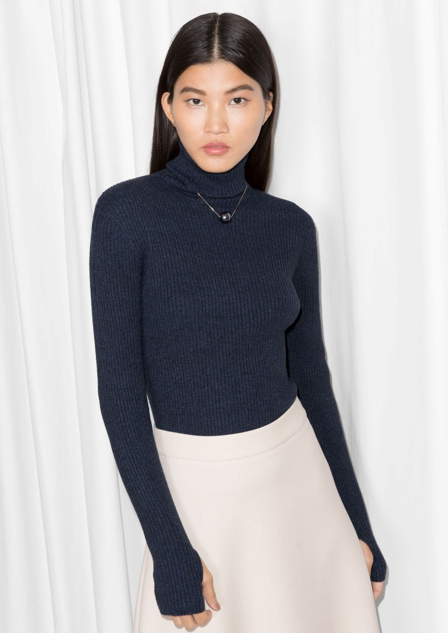 Thumb Hole Turtleneck Sweater | Dark Blue | Clothes