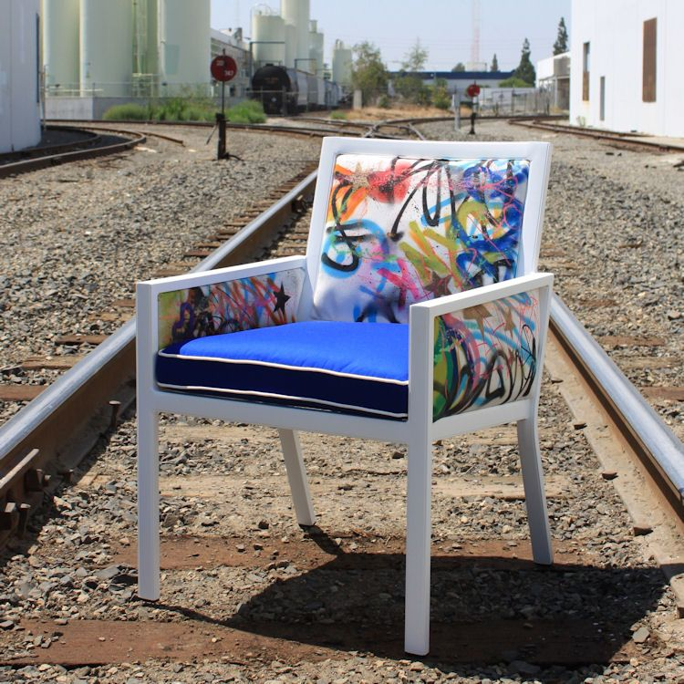 Graffiti chair. Love it! | Bomb chairs | Pinterest | Graffiti, Chair ...
