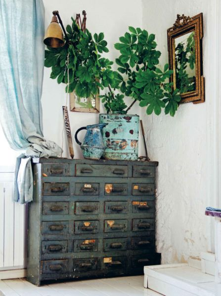Moody hues from hans blomquist the chromologist green stauraum und raum - Nahzimmer ideen ...