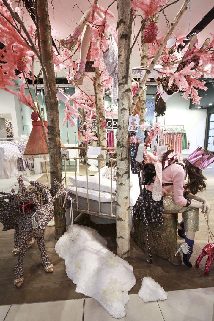Topshop Emma Cook Christmas installation by StudioXAG ...