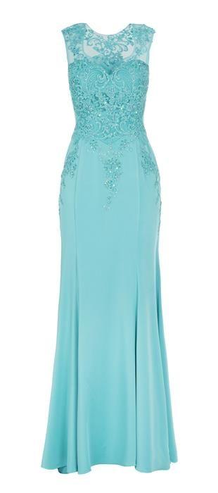 34a701fe3 Vestido longo com saia de crepe e parte superior em tule bordado. O modelo  sereia com o bordado e as pedrarias é perfeito para compor look  deslumbrante para ...