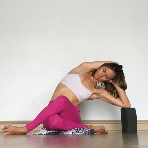 yin yoga  side body  audio class and playlist included