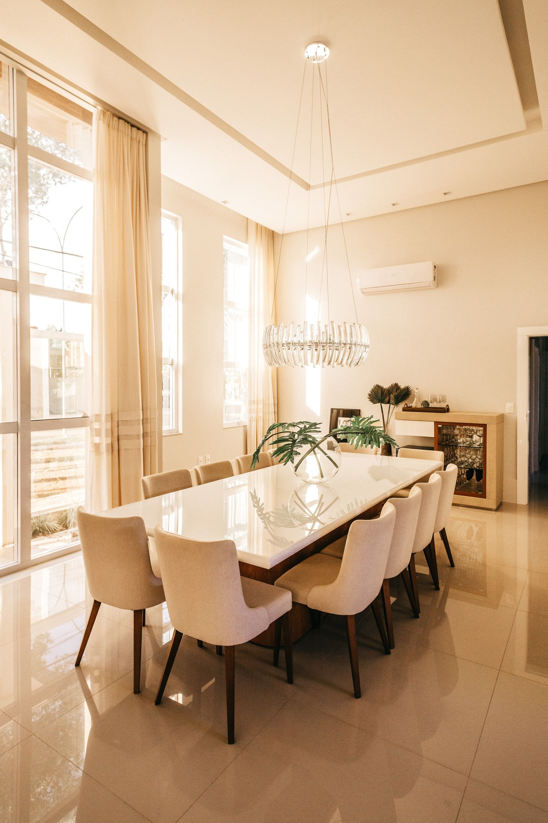 5 Dining Room Designs To Inspire You To Remodel Your Home Beautiful Dining Rooms Dining Room Furniture Arrangement Dining Room Decor