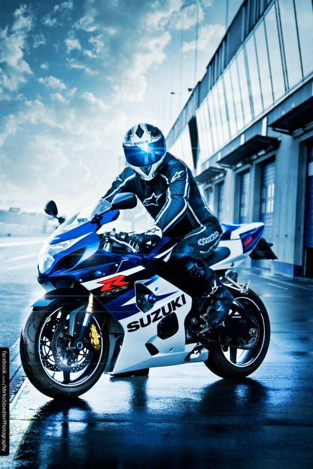 GSXR   #Follow me on Bikes If You Like What You See 4 Way More ! ¡ !