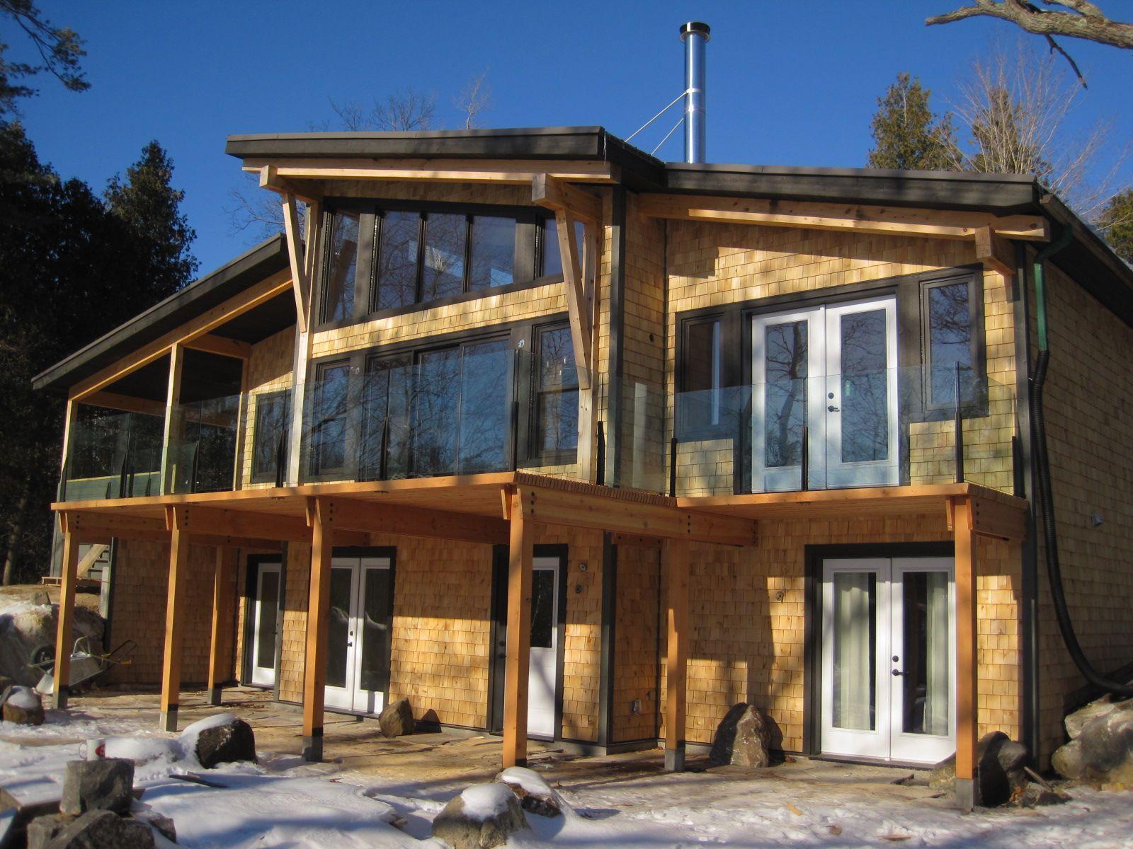 Beautiful modern okanagan home designed by discovery dream for Unique contemporary homes