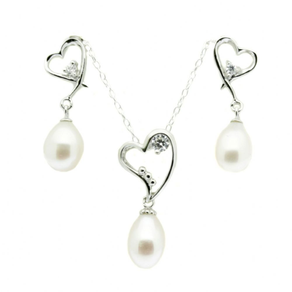 Stylish heart design jewellery set with oval white pearls and