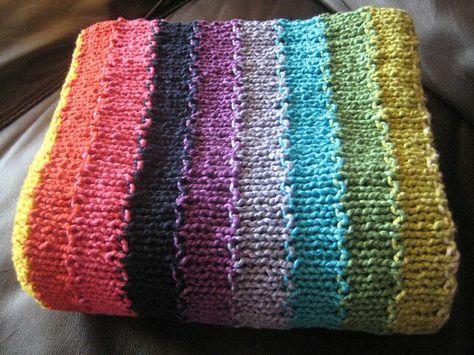 Babydecke stricken mit bunten Streifen | Babydecken, Streifen und Bunt