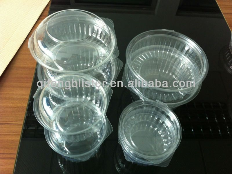 small plastic containers with lids /plastic pie containers