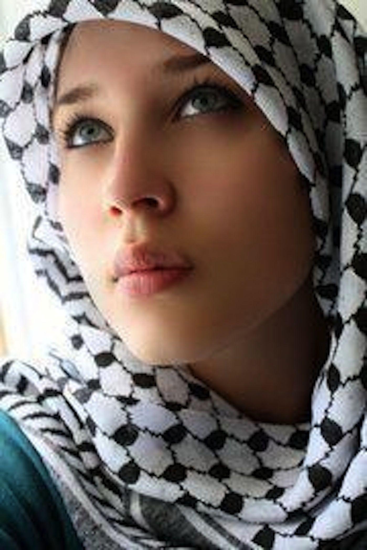 minaj-palestinian-beautiful-women-cock-gifs