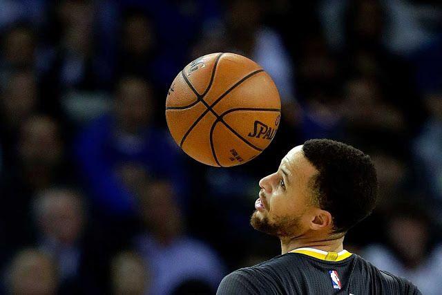 Stephen Curry líder en ventas de camisetas en la NBA