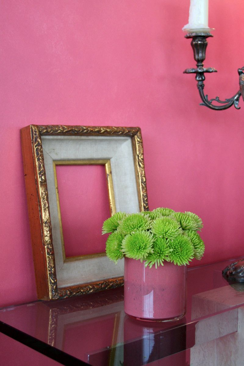 Paint colors that match this Apartment Therapy photo: SW 2838 ...