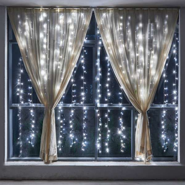 15 d corations de fen tres originales pour no l noel pinterest rideau lumineux d coration. Black Bedroom Furniture Sets. Home Design Ideas