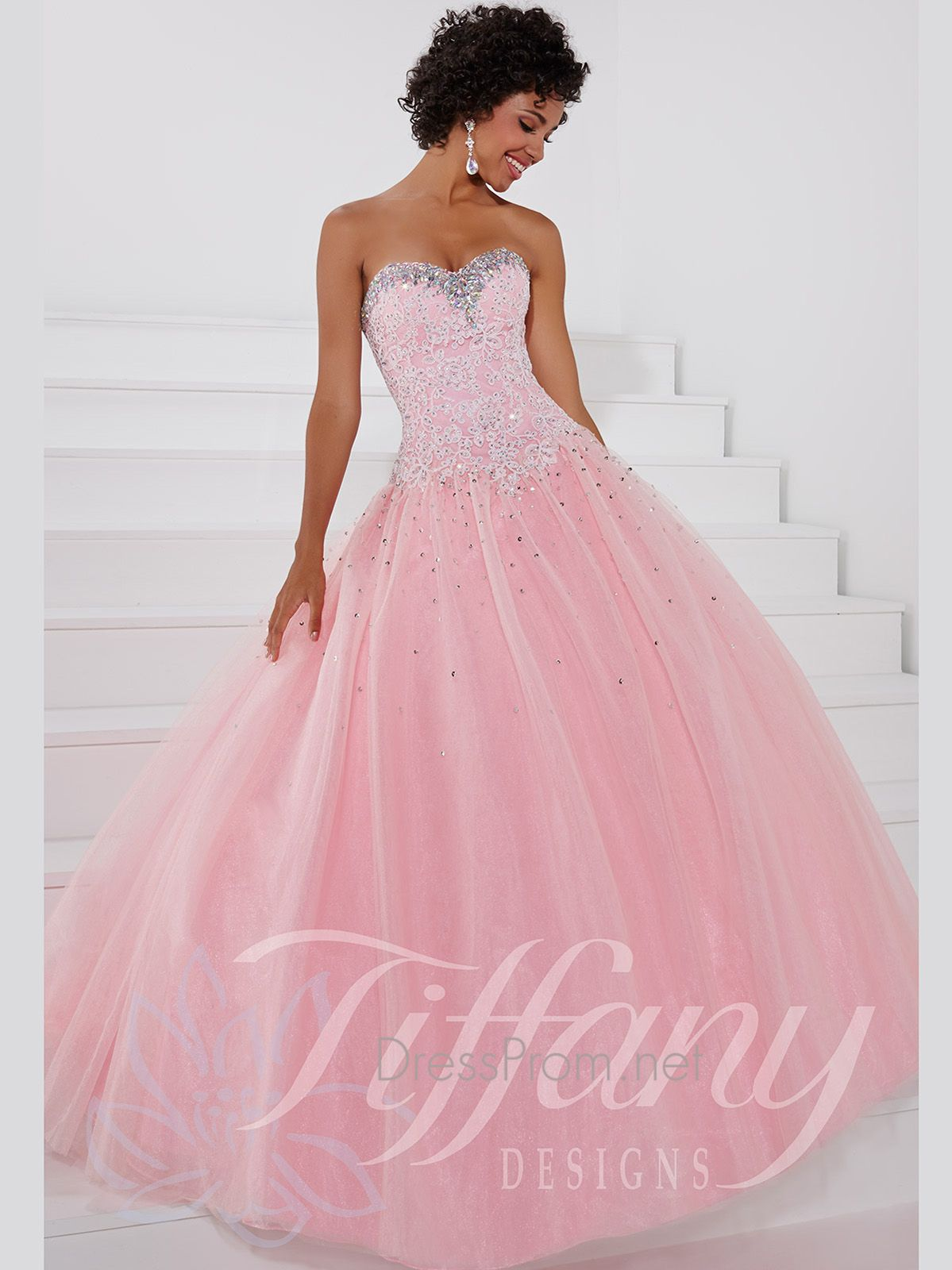 Look like a princess in this gorgeous Tiffany Designs sweetheart ...
